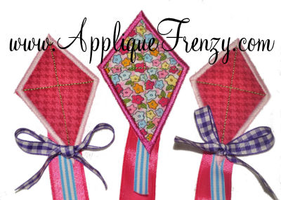 Ribbon Tail Kite Trio Applique Design-