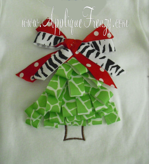 Ribbon Christmas Tree Applique Design-
