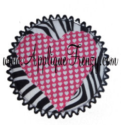 Raggy Circle Heart Patch Ric Rac Edge Applique Design-